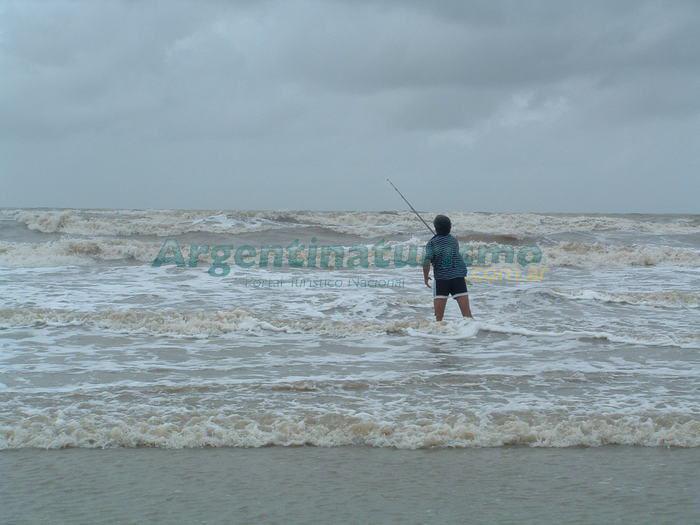 En la playa de gandia - 1 1